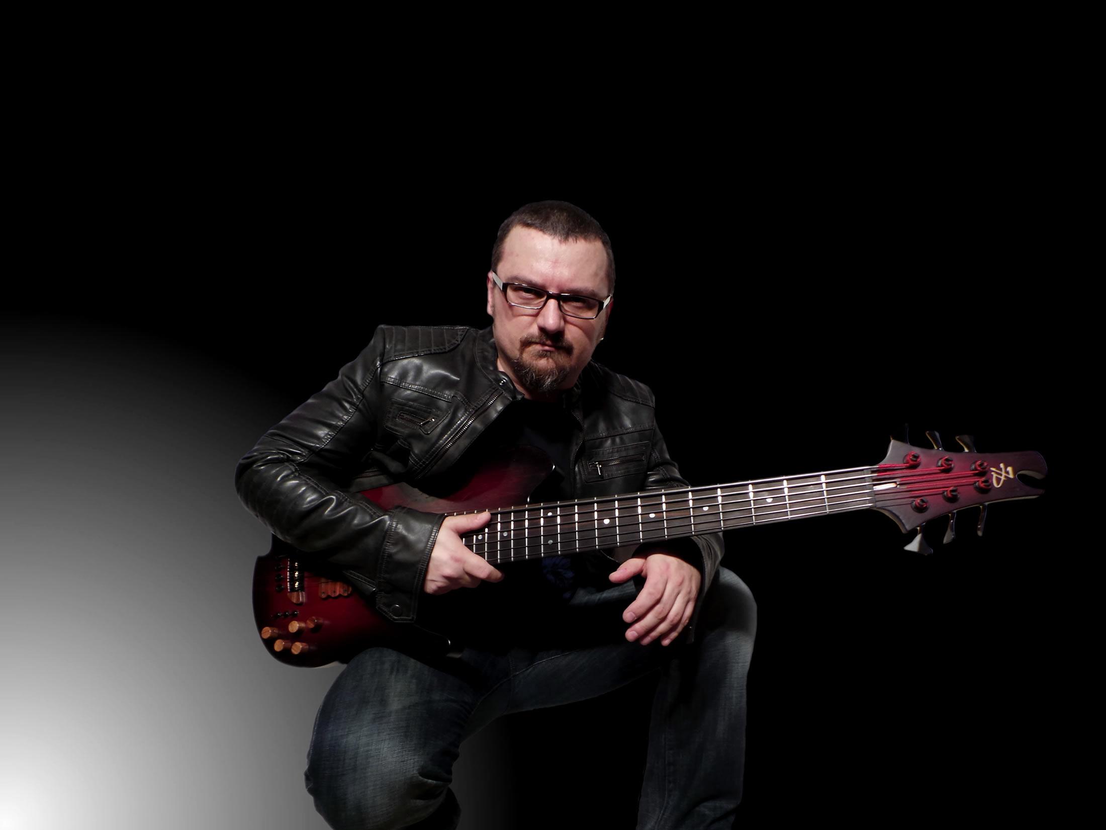 Krzysztof Pabian | bassist, improviser, composer, producer